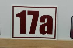 Табличка с номером дома 20 на 15 см